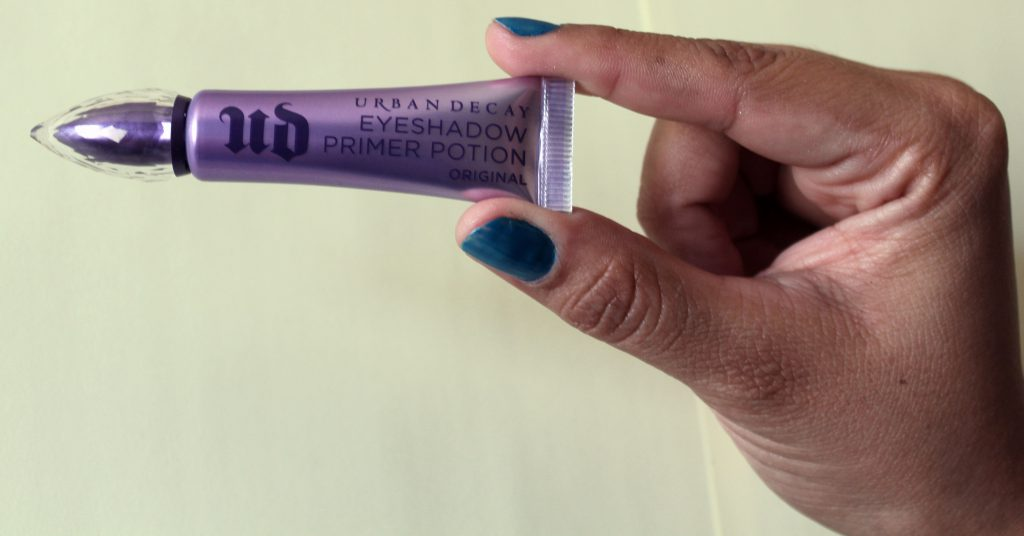 Urban Decay Primer Potion Travel Size in hand