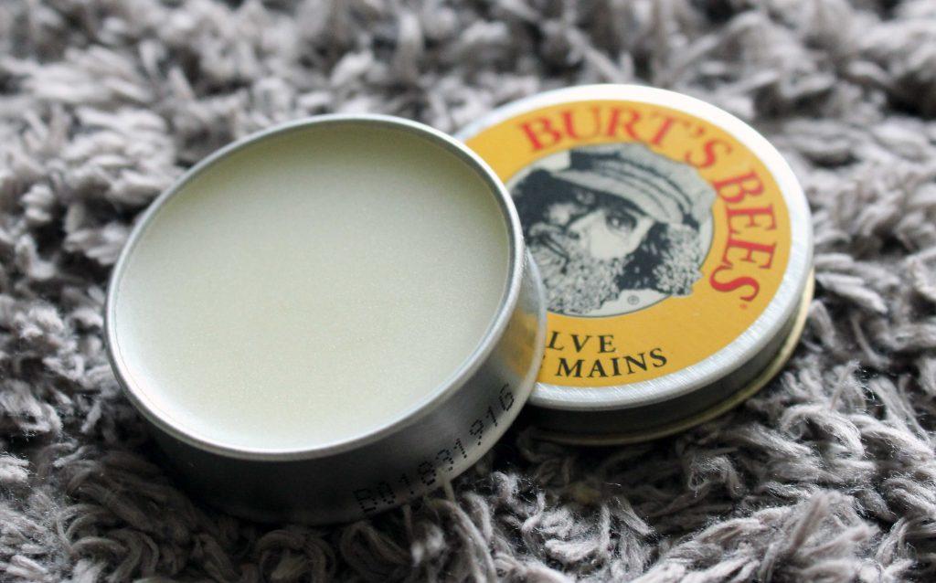 burts-bees-hand-salve-abierto-tin